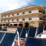 Salvador-Escoda-suministra-equipos-solares-y-de-biomasa-para-la-instalacion-termica-del-Hotel-Ancora-00